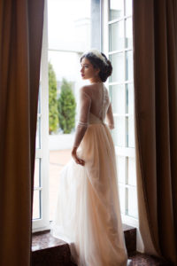 Персиковое свадебное платье Агния (бренд Миламира)
