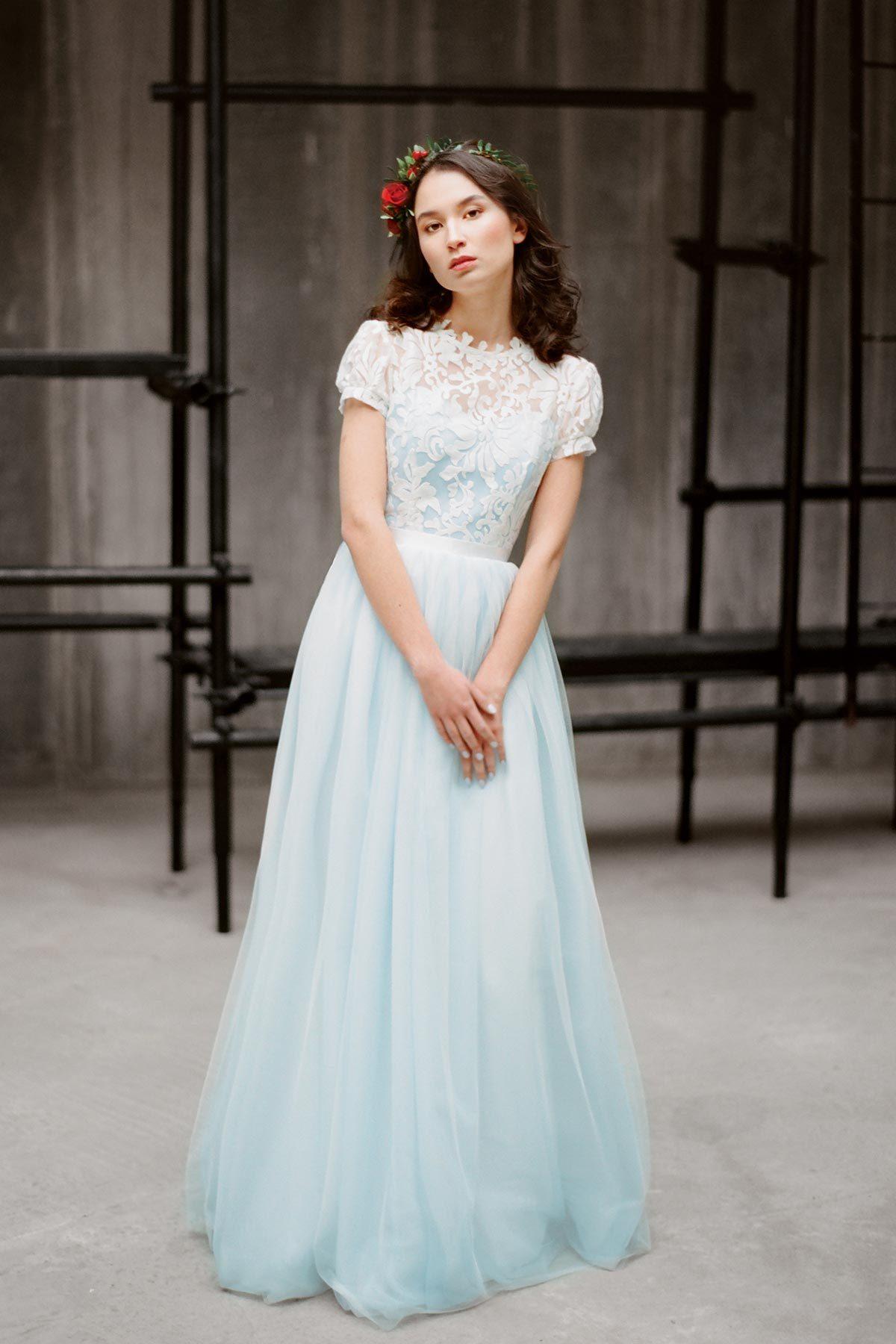 Голубое свадебное платье Илария (бренд Миламира)