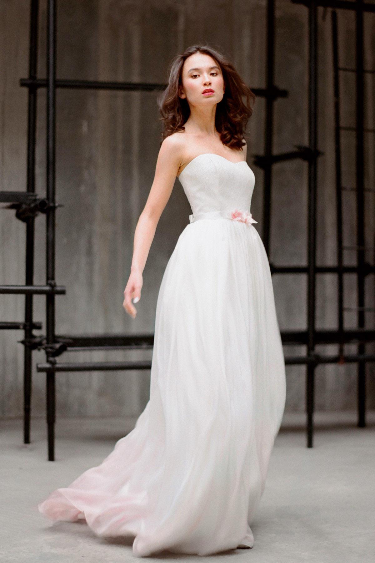 Молочное шелковое свадебное платье Милада (бренд Миламира)